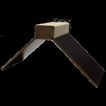 Zitje: 5 mm betonplex, met ovale clip